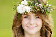 flower girl hairstyle wedding hairdresser sunshine coast